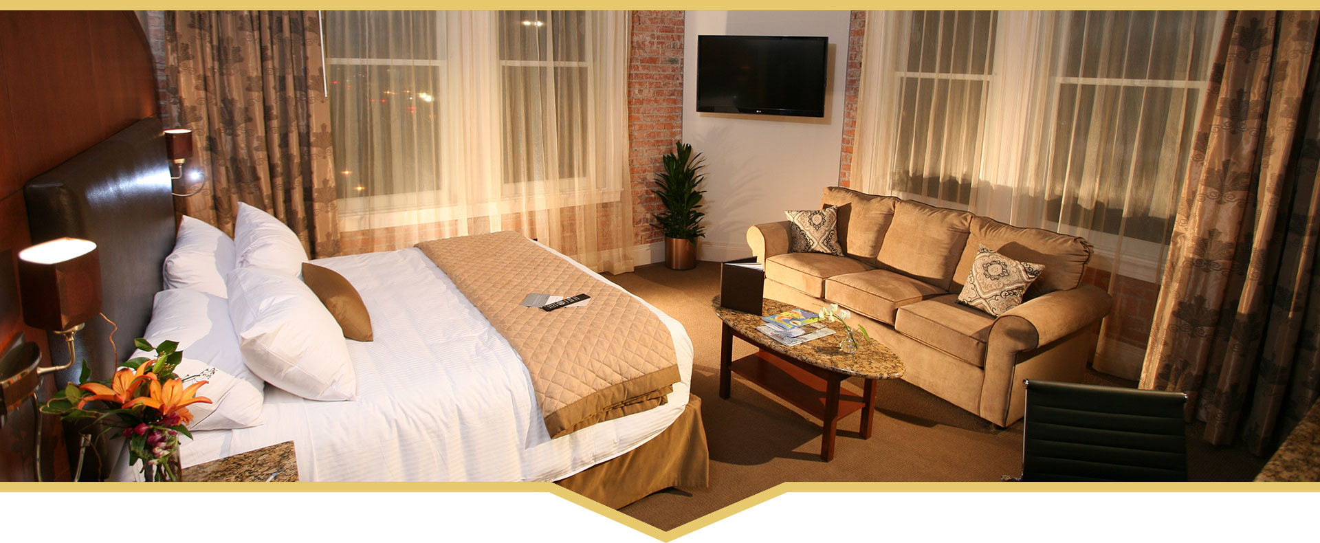 10% OFF HOTEL ROOMS & FREE UPGRADES